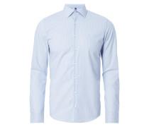 Slim Fit Business-Hemd mit Sportmanschetten