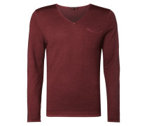 Pullover mit Washed Out-Effekten