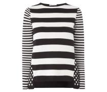 Pullover mit Streifen und Punkten