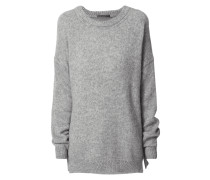 Oversized Pullover mit überschnittenen Schultern