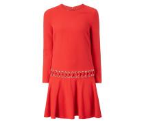 Kleid mit Ösen und Zierschnürung