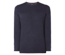 Pullover mit wechselndem Strickmuster