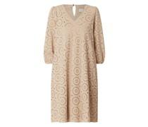 Kleid aus Lochspitze Modell 'Nukai'