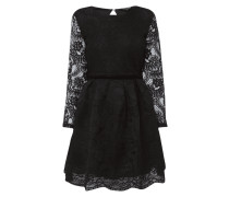 Kleid mit großem Rückenausschnitt