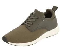 Sneaker mit strukturiertem Kontrastbesatz