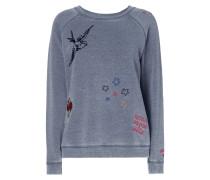 Sweatshirt mit Aufnäher und Stickereien