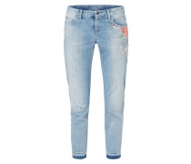 Slim Fit Jeans im Used Look mit Stickerei