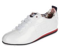 Sneaker in Lackoptik mit Perforierungen
