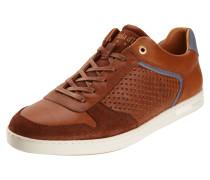 Sneaker aus Leder mit seitlicher Perforierung
