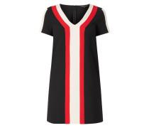 Kleid mit Zierstreifen in Kontrastfarbe