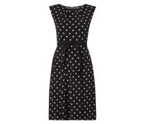 Kleid mit Polka Dots und Taillengürtel