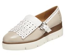 Loafer mit perforiertem Shoe Flap und Nietenbesatz