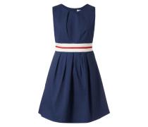 Kleid mit Taillenpasse in Kontrastfarbe