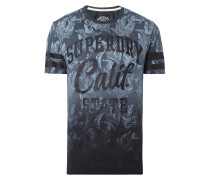 T-Shirt mit Blättermuster und Logo-Print
