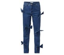 High Waist Jeans mit Schleifen-Applikationen