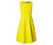 Kleid mit ausgestelltem Rockteil