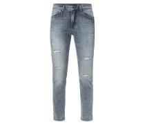 Girlfriend Jeans mit Ziersteinbesatz