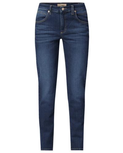Slim Fit Jeans mit Label-Patch am Bund