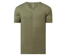 Body Fit T-Shirt mit V-Ausschnitt