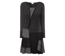 Kleid im Patchwork-Stil mit Details aus Spitze