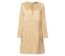 Kleid aus Acetat-Viskose-Mix