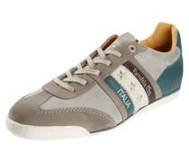 Sneaker aus Leder mit Sternen-Applikation