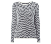 Pullover mit Fransen und eingestricktem Muster