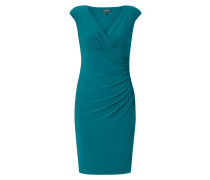 Kleid mit gepolsterten Kappärmeln