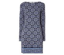 Jerseykleid mit ornamentalem Muster
