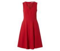 Kleid mit gewelltem V-Ausschnitt