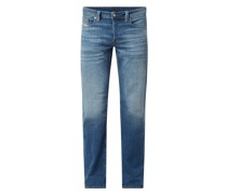 Straight Fit Jeans mit Stretch-Anteil Modell 'Larkee'