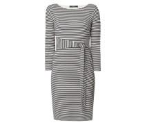 Kleid mit Taillengürtel und Streifenmuster