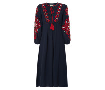 Kleid mit Stickereien