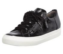 Sneaker aus Lackleder mit Plateausohle