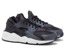 W AIR HUARACHE RUN SE Sneakers in Schwarz