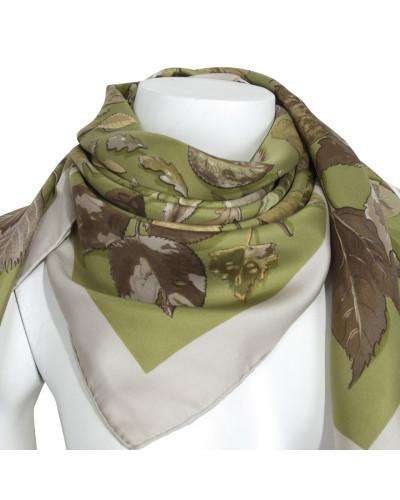 Second Hand  Schal/Tuch aus Seide in Grün