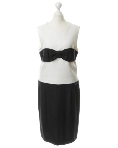 Second Hand  Kleid mit Stoffschleife