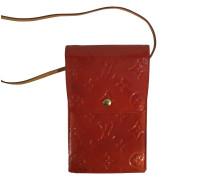 Second Hand  Umhängetasche aus Monogram Vernis Leder