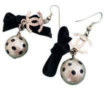 Second Hand Ohrring aus Perlen in Beige