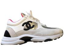 Second Hand ChanelSneakers Veloursleder Bunt