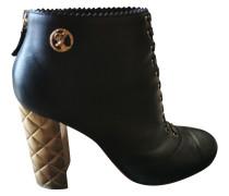 Second Hand ChanelLeder Geschnürt boots