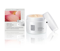 Hyaluronic Nutri Mousse with ginseng