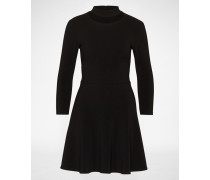 Kleid mit Cut out am Ausschnitt schwarz