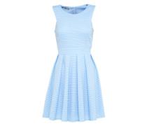 Ausgestelltes Kleid mit Lochmuster hellblau