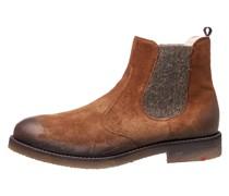 Schuhe mit Rauleder