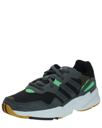 Sneaker 'yung 96'