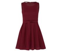 Ausgestelltes Kleid mit Lochmuster bordeaux