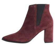 Rote Wildleder-Stiefel rotviolett