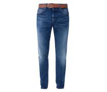 Curt Straight: Jeans mit Gürtel blau