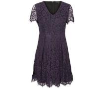 Kleid mit kurzen Ärmeln Spitzen